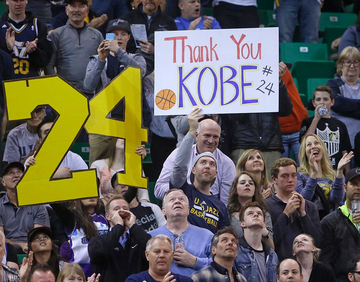 A fan shows his support and appreciation for Lakers forward Kobe Bryant.