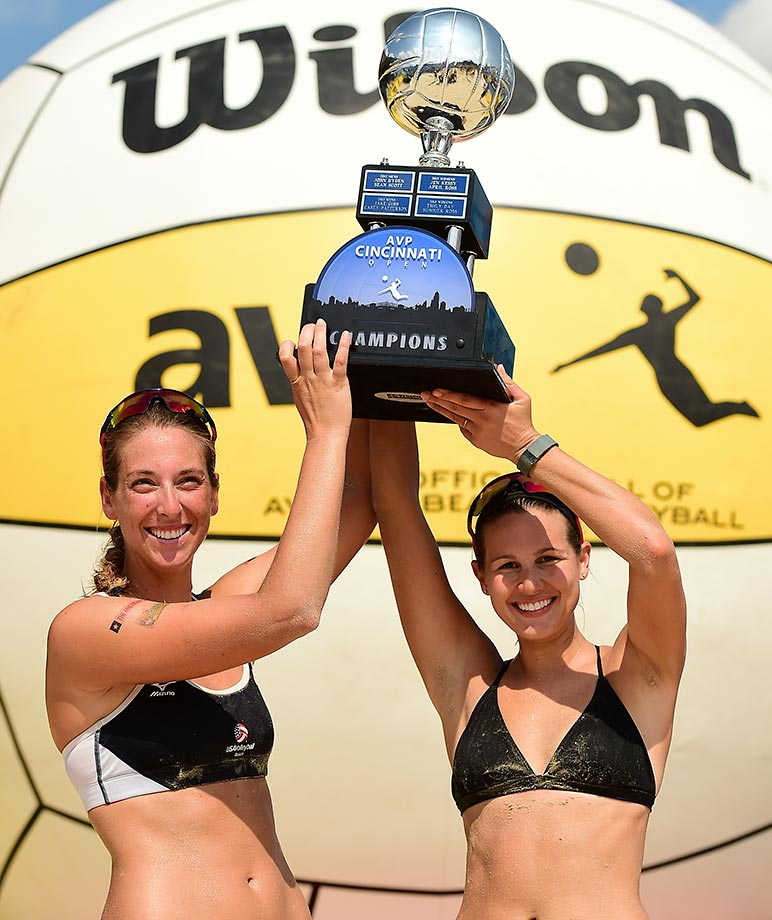 Kelley Larsen (left) and Betsi Metter Flint are the youngest AVP champs ever.