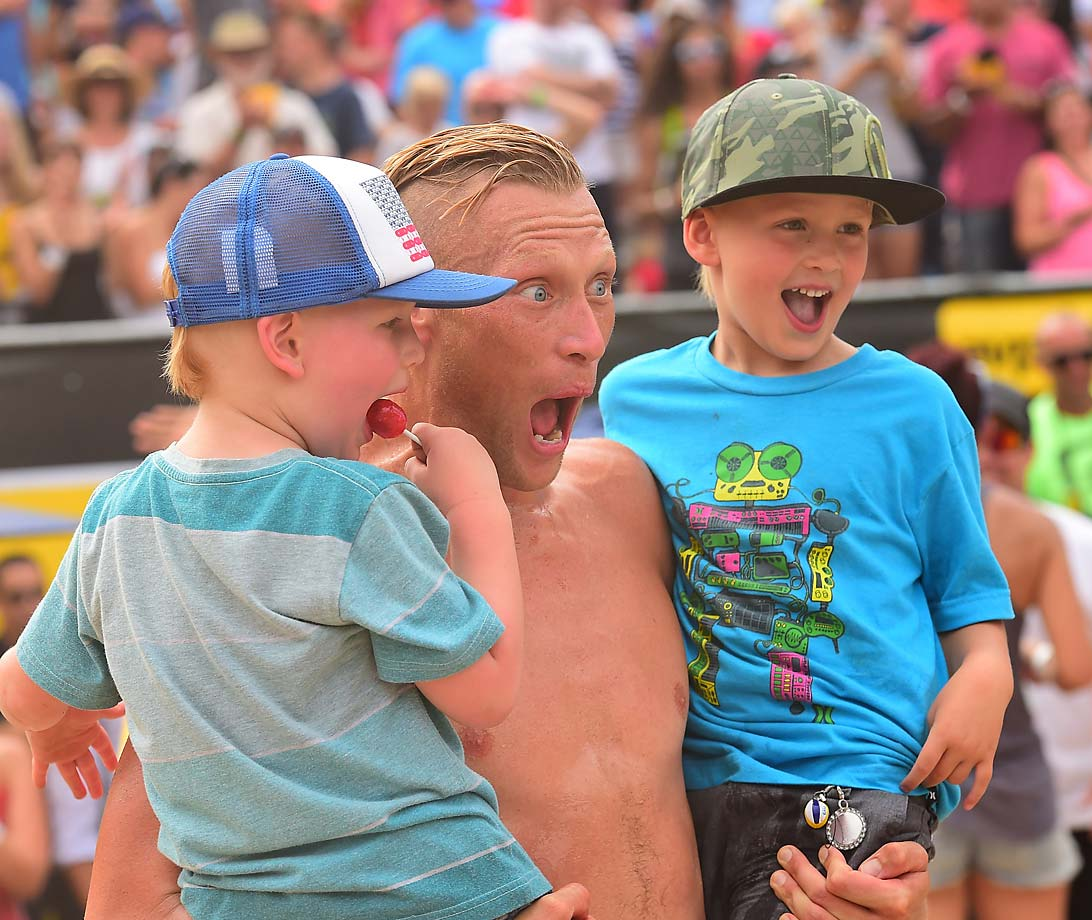 Casey Patterson celebrates the win with his kids.