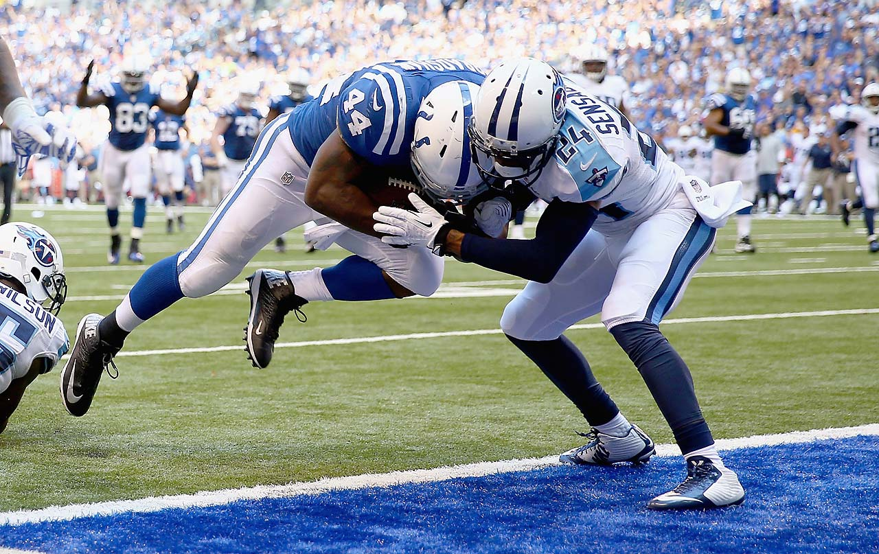Ahmad Bradshaw #scores a touchdown during the Colts victory over the Tennessee Titans.