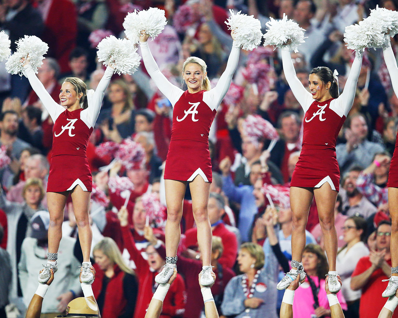Alabama cheerleaders.