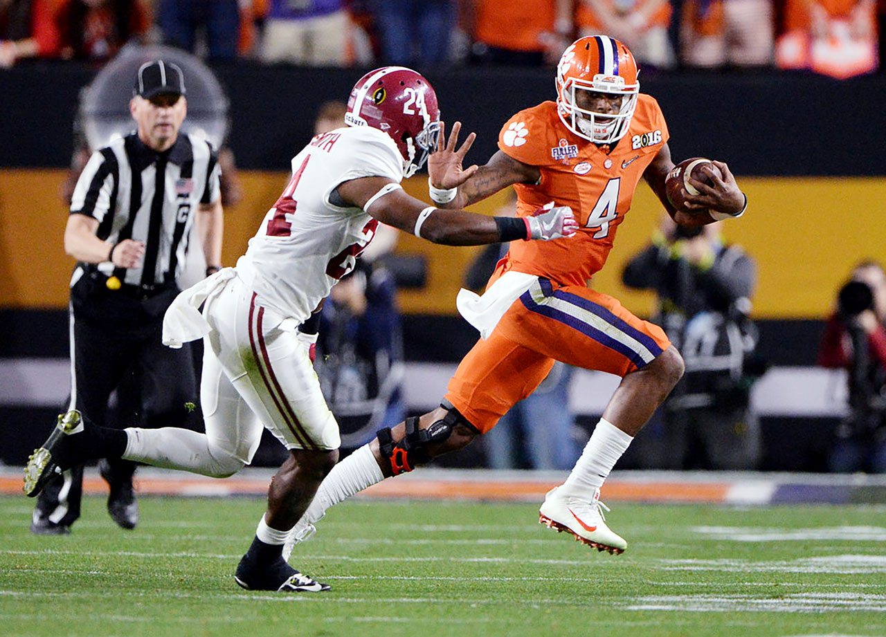 DeShaun Watson did everything he could to lead Clemson to a title, throwing for 405 yards and four touchdowns and running for another 73 yards.
