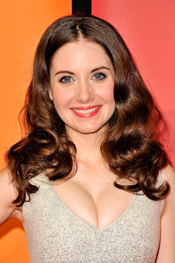 Allison Brie nude (55 fotos), video Porno, Twitter, braless 2016