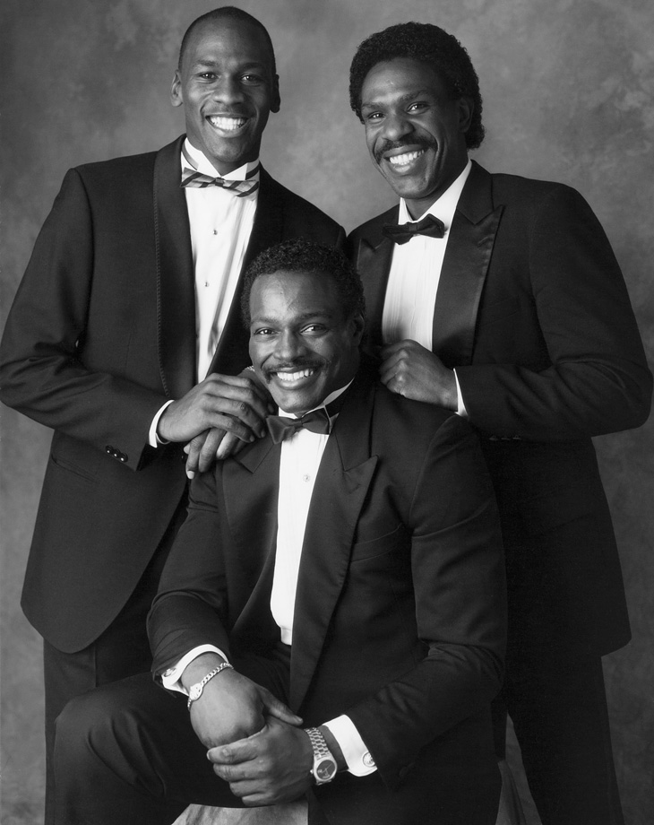 When Andre Dawson signed with the Cubs in 1987, he joined a couple of superstars in Chicago; Michael Jordan and Walter Payton.