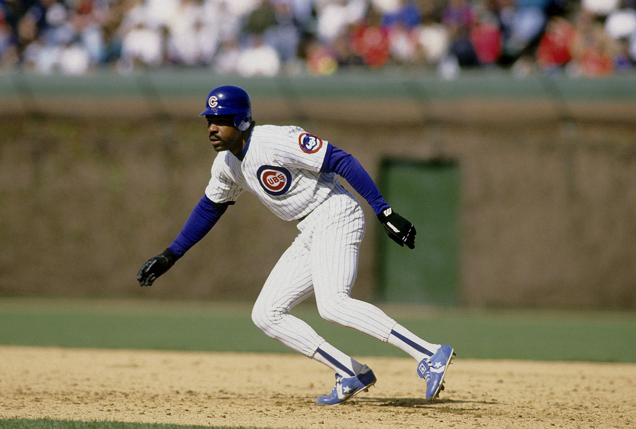 Andre Dawson joins Barry Bonds and Willie Mays as the only players with 400 home runs and 300 stolen bases.