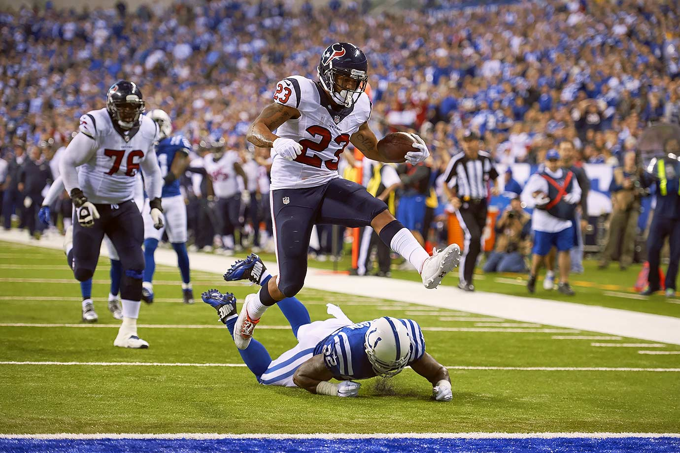 After seven years and four Pro Bowl appearances, the Texans cut ties with running back Arian Foster, who only played in four games in 2015. Foster will leave the franchise as the all-time leader in rushing yards and touchdowns. Foster was originally signed as an undrafted free agent in 2009 and became the starter in 2010, when he rushed for 1,616 yards and 16 touchdowns.