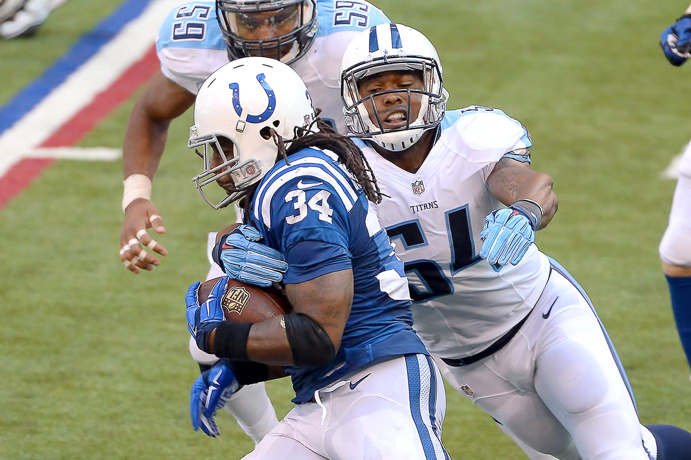 Williamson was a real asset in Ray Horton's blitz-happy Titans defense, showing range and impressive tackling ability. The 2014 fifth-rounder racked up two sacks against the Steelers in November, and he'll get more chances to do that as the strong-side linebacker and playcaller in Tennessee's defense.