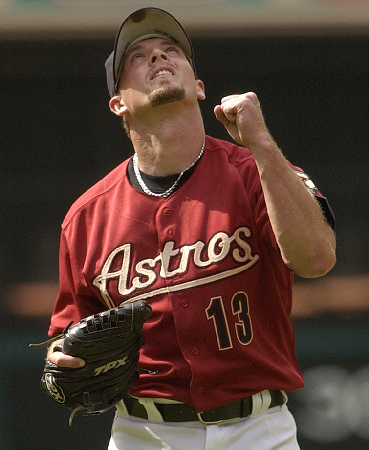 Billy Wagner was a natural-born right-hander but, after breaking his right arm twice in accidents as a young boy, he taught himself to throw baseballs using his left arm. He struck out nearly 1,200 batters in just over 900 innings pitched. A seven-time All-Star, Wagner saved a career-best 44 games for the Astros in 2003.