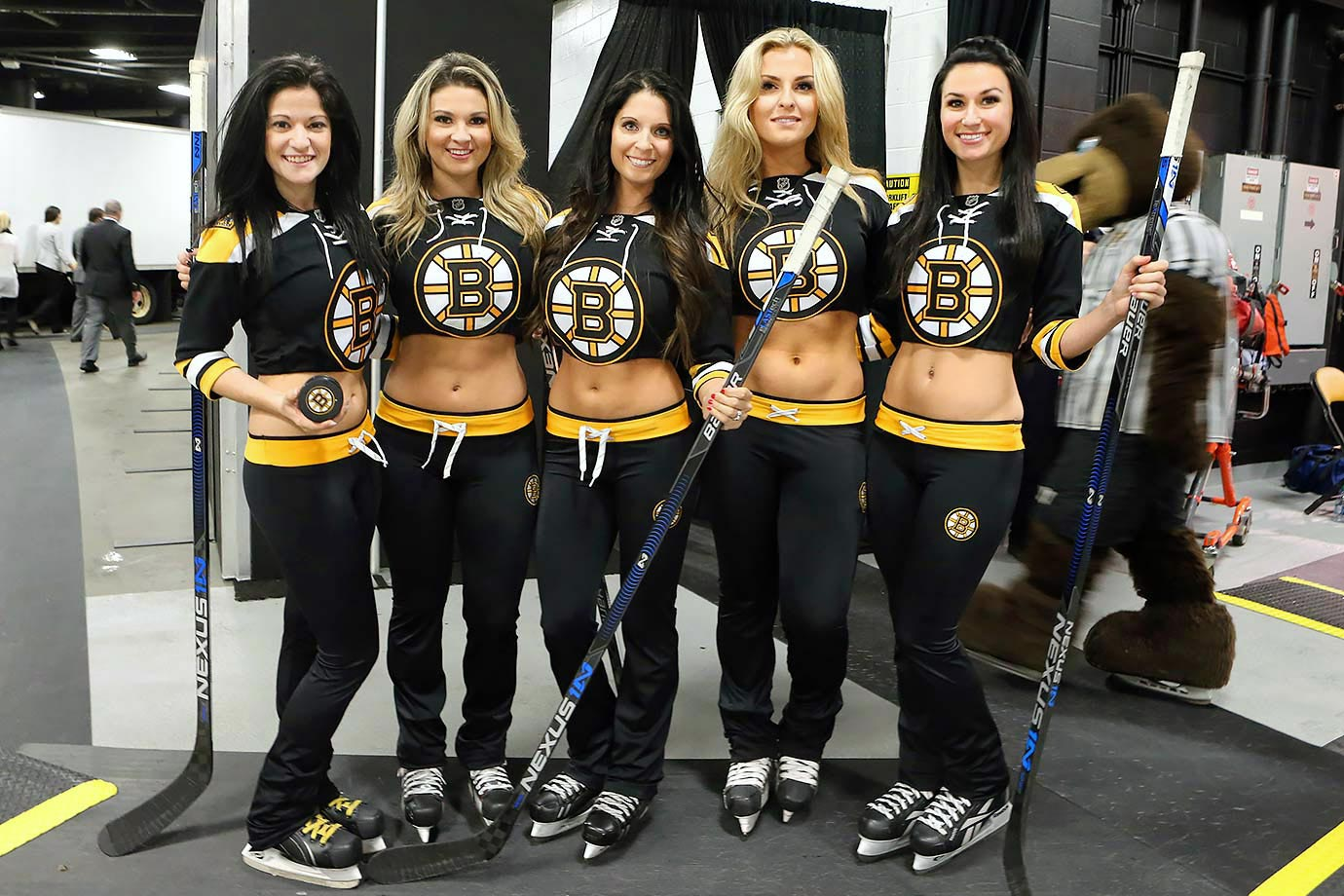 bruin girls The boston bruins ice girls from the 2015-16 nhl season.