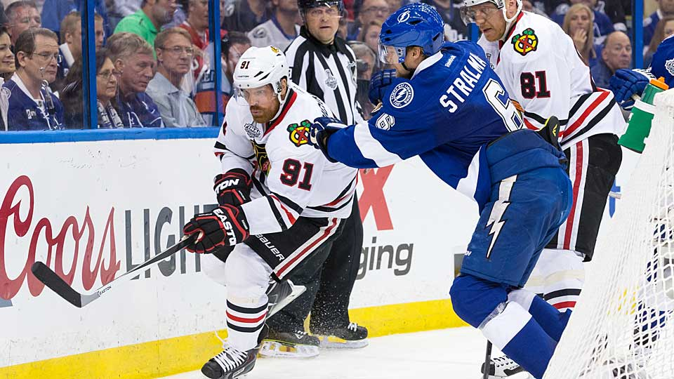 The Blackhawks' Brad Richards (91) and the Lightning's Anton Stralman (6) were two of last year's best free-agent signings.