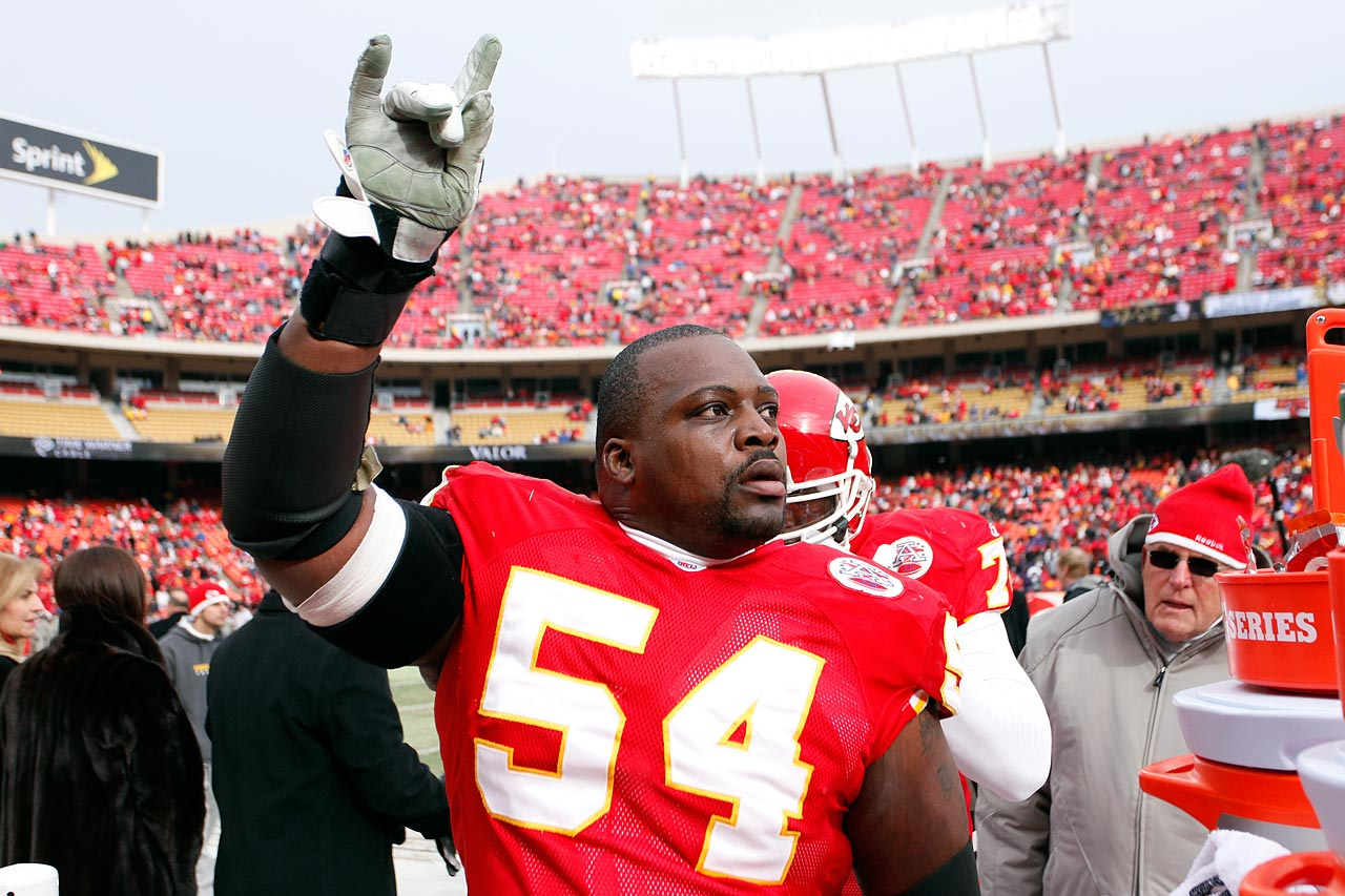 A six-time Pro Bowler and two-time All-Pro, guard Brian Waters announced his retirement from the NFL on Sept. 2.  Waters spent the majority of his 13-year NFL career with the Kansas City Chiefs. He also played a season for the New England Patriots and Dallas Cowboys.