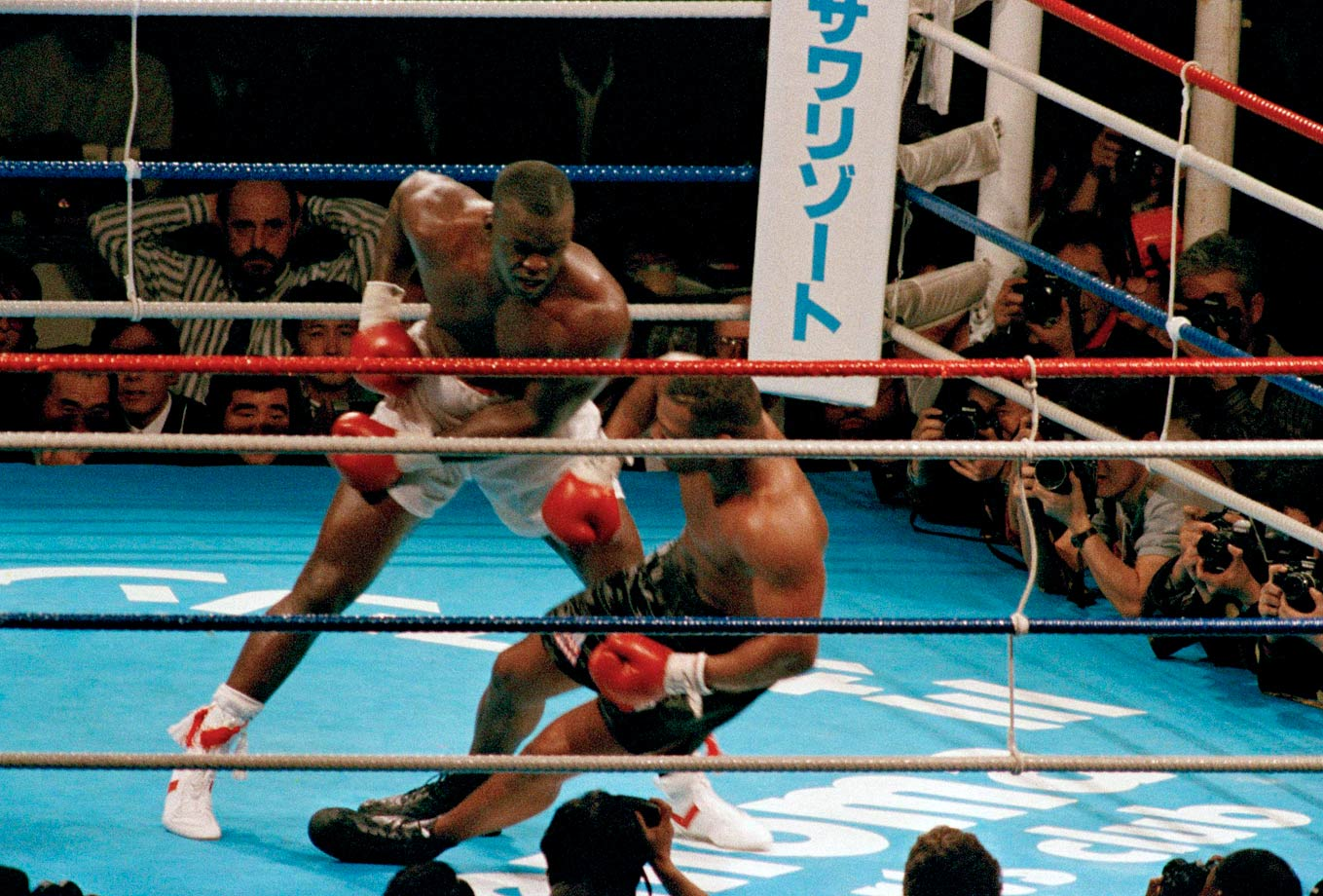 After rocking Tyson badly in the previous round, Douglas unleashed a thunderous combination in the 10th that drove the champion to the canvas, shocking fans in the Tokyo Dome and boxing fans around the world.