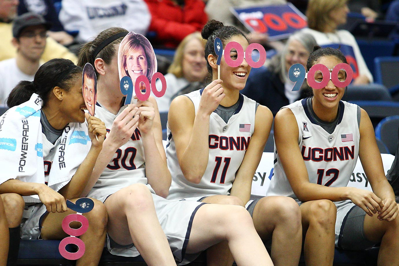 The UConn Huskies were thrilled about coach Geno Auriemma's 900th career win.