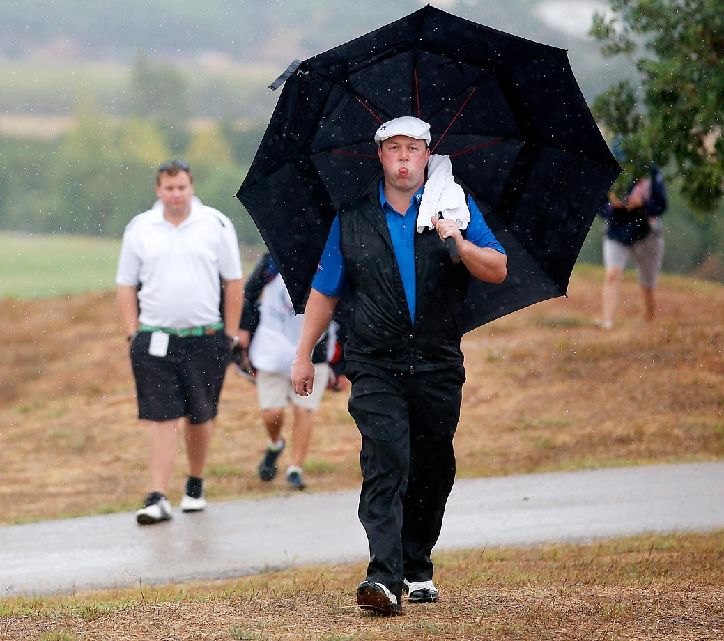 Chris Doak of Scotland makes a funny face during Day 1 of the Portugal Masters.