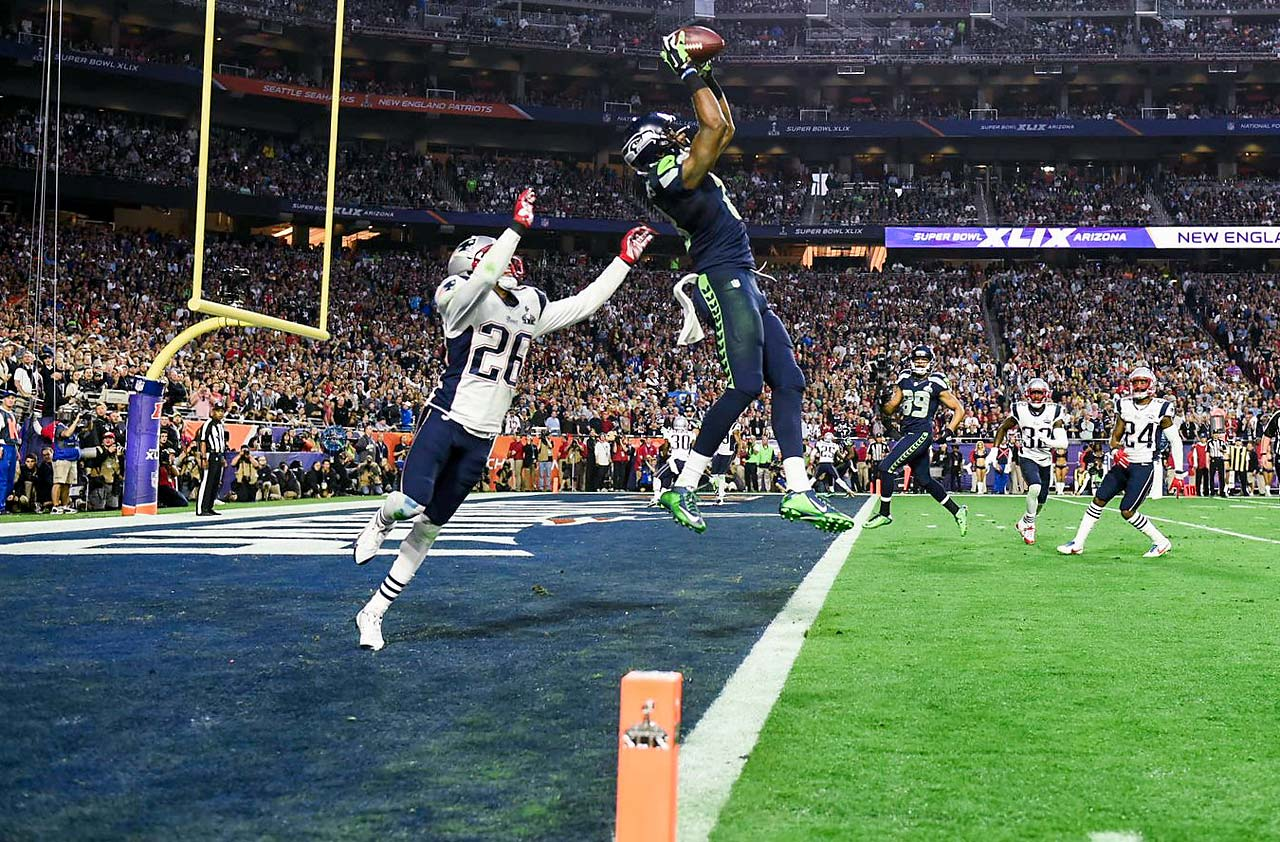 Unheralded Chris Matthews was the star for Seattle, catching four balls for 109 yards and a touchdown at the close of the first half.