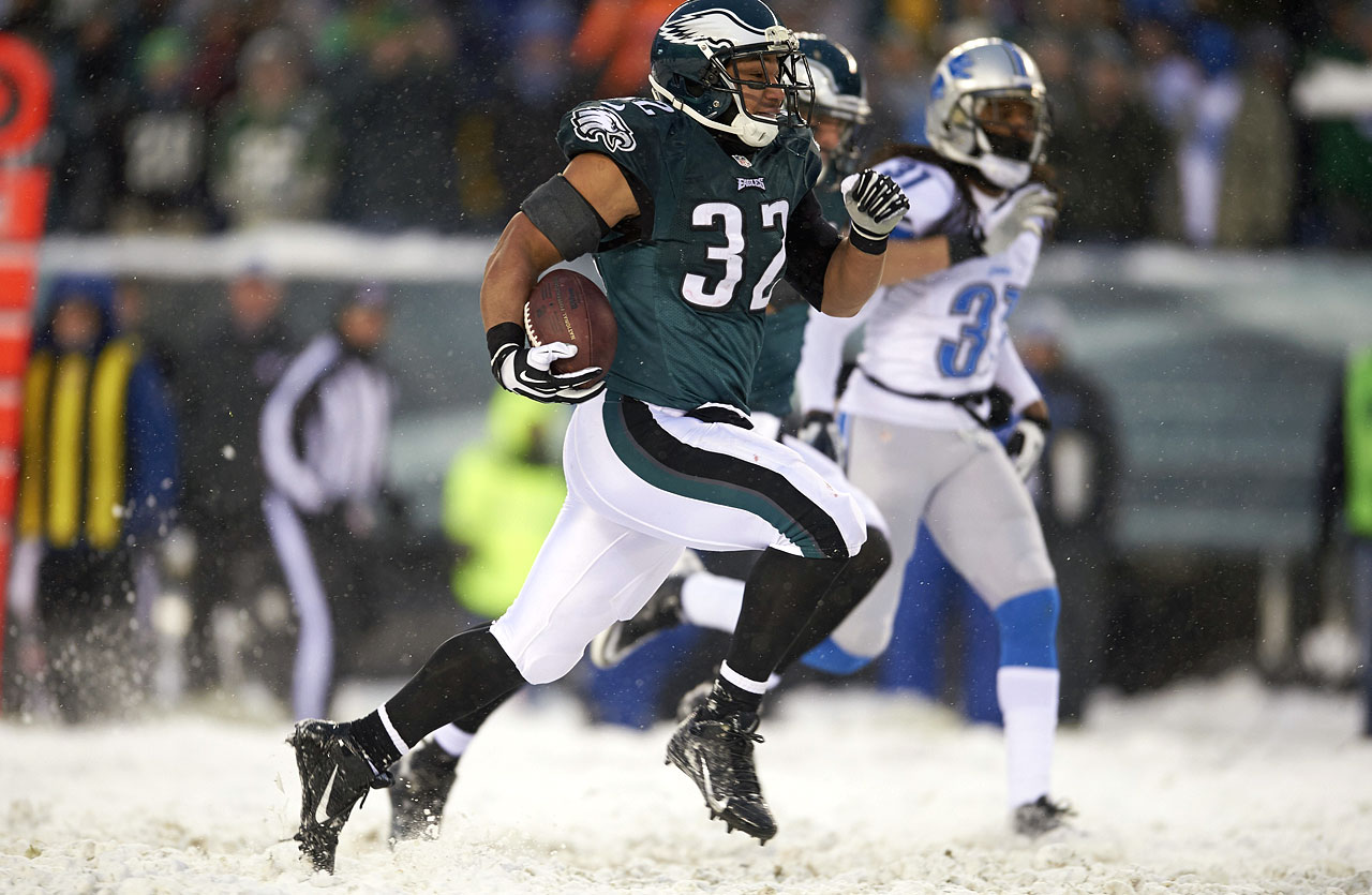 Even with Darren Sproles in town, Polk would hold a ton of fantasy value if LeSean McCoy were to miss time at any point. Chip Kelly's offense turns RBs into fantasy stars and Polk is the clear-cut backup to McCoy.