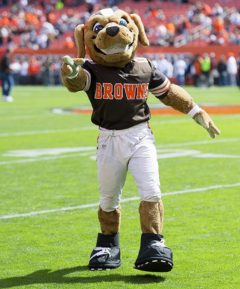 We want to hate him, just because the Browns really shouldn't have any mascot at all, much like the Giants, Jets, Packers and Redskins. But this guy is the perfect mix of angry dog and fun puppy that gains everyone's approval. He probably has rabies, which is perfect!