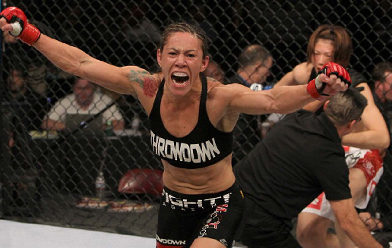 In her MMA career, Justino has only lost one fight, her first, to Erica Paes, in 2005.