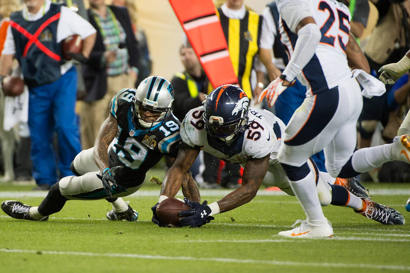 2015 Team: Denver Broncos — 2016 Team: Chicago Bears