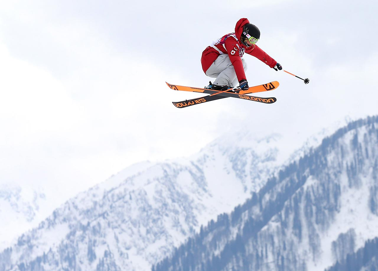 Dara Howell of Canada wins the gold in the Slopestyle Finals.