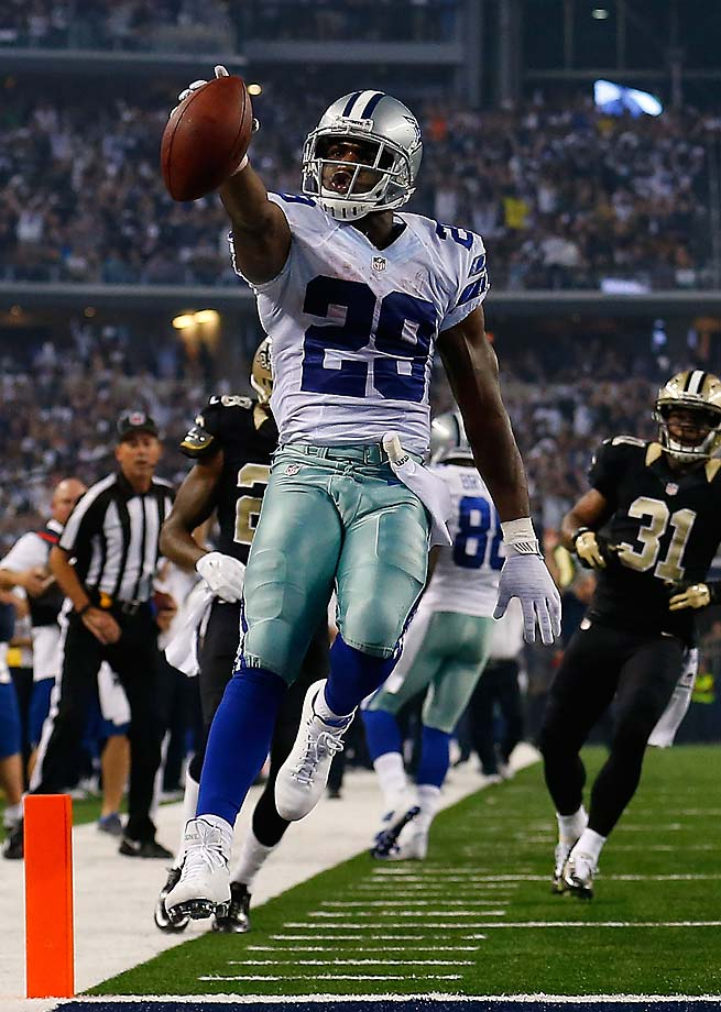 DeMarco Murray runs for a touchdown against the New Orleans Saints. Murray is the league's leading rusher through four weeks.