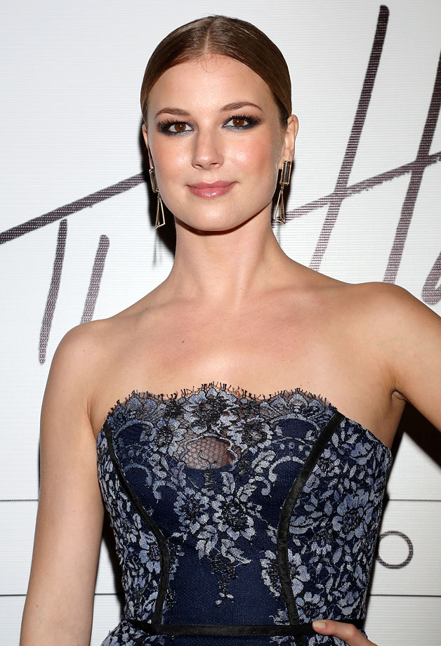 Emily VanCamp :: Getty Images