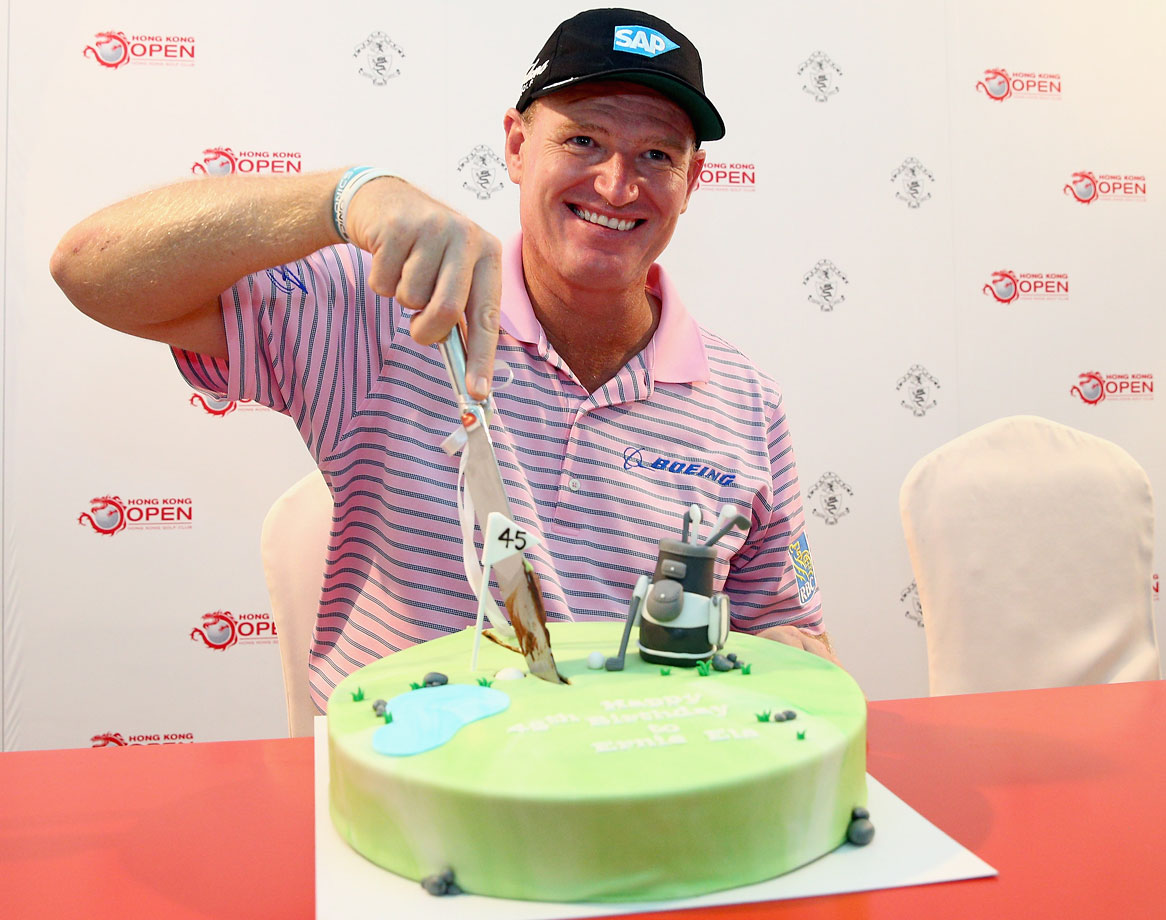 Ernie Els got an early birthday cake during a press conference for the 2014 Hong Kong Open.