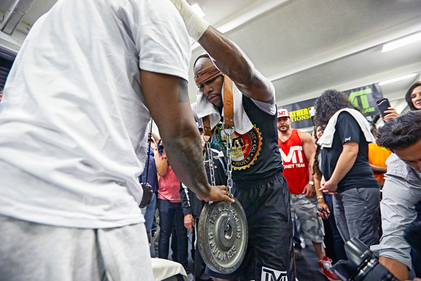 Mayweather focused on the weight of the moment that awaits him.