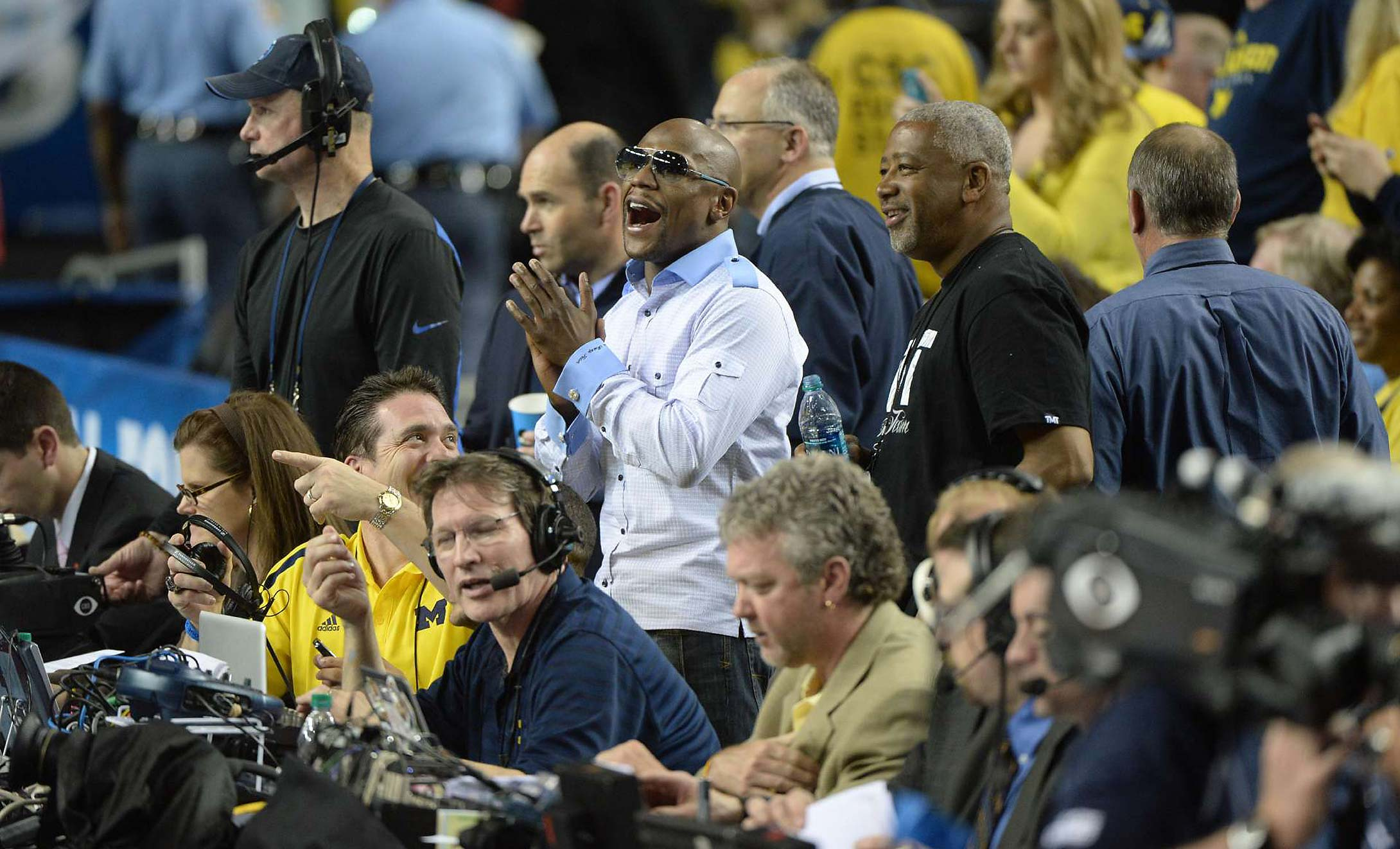 Floyd Mayweather Jr. at the 2013 Syracuse-Michigan game in Atlanta.