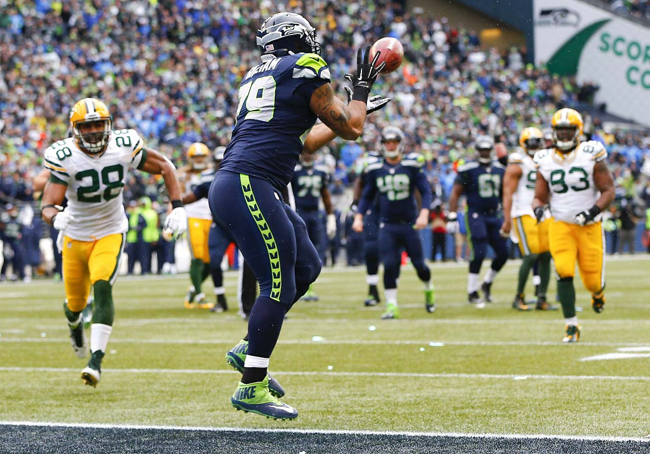 The Seahawks trailed 16-0 at one point but got on the board with a fake field goal and 19-yard Jon Ryan pass to Garry Gillliam, who scored with ease.