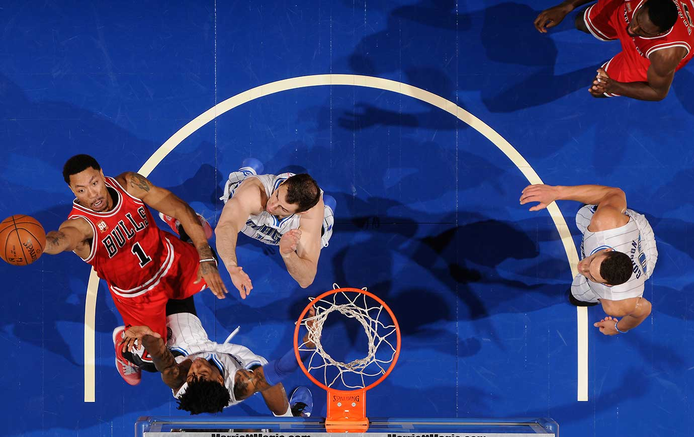 Derrick Rose #1 of the Chicago Bulls goes to the basket against the Orlando Magic.