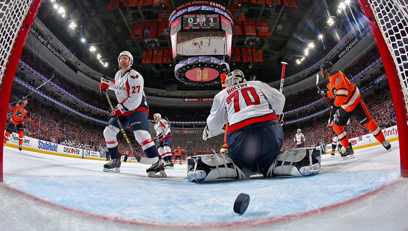 Braden Holtby of Washington surrenders a third period power-play goal to Brayden Schenn of Philadelphia (not pictured).