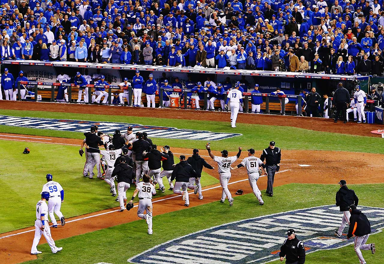 The Giants are the first team to win Game 7 of the World Series on the road since Pittsburgh in 1979. Their feat broke a streak of nine straight Game 7 wins by the home team.