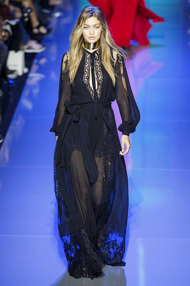 Gigi Hadid :: Getty Images
