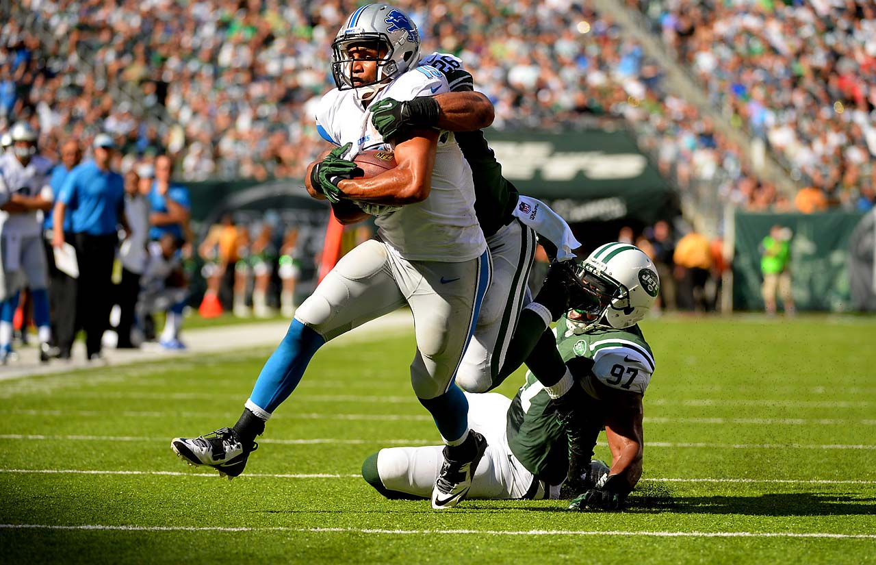 Golden Tate led the Lions in receiving with eight grabs and 116 yards, but no scores.