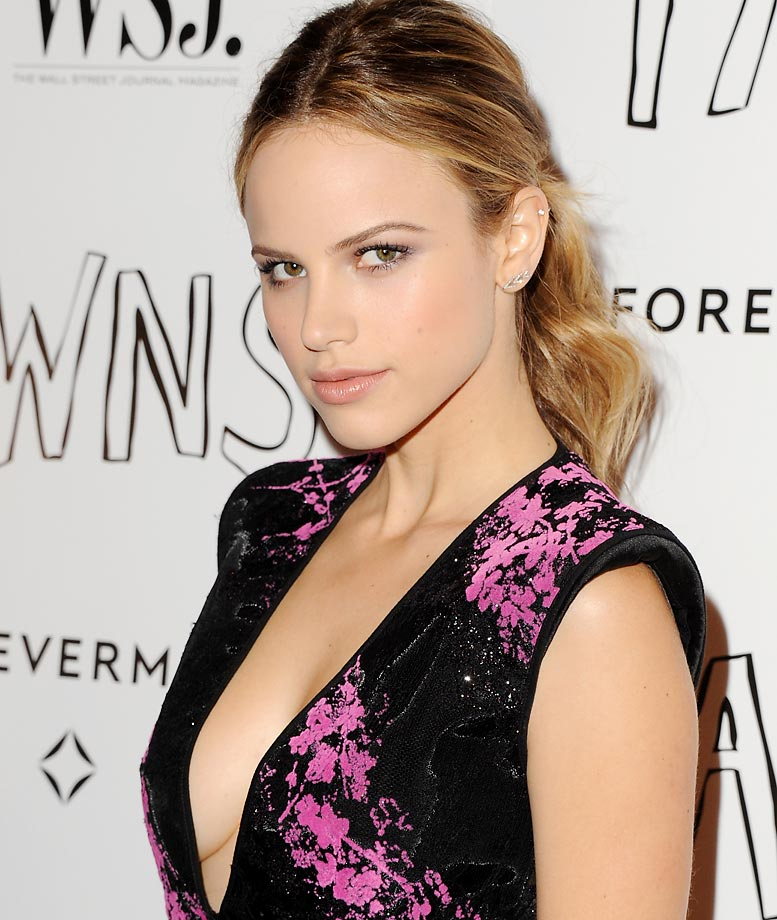 Halston Sage Nude Photos 81