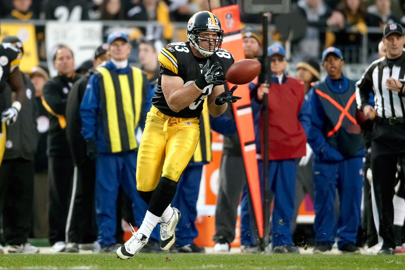 Miller played all 11 of his seasons in the NFL with the Steelers, making the Pro Bowl twice. He won Super Bowls with the team after the 2005 and 2008 seasons. The Steelers selected Miller in the first round of the 2005 NFL draft. He appeared in 168 regular season games, starting 167 of them. Miller also started in all 15 of his playoff appearances. A fan favorite, Miller retired as the Steelers all-time leader in receptions, receiving yards and receiving touchdowns by a tight end. He recorded 592 catches for 6,569 yards and 45 scores in his career. In Miller's final season, he played in 15 games, catching 60 passes for 535 yards and two touchdowns. The Steelers finished last season 10–6, losing to the eventual Super Bowl champion Denver Broncos in the divisional round of the playoffs.