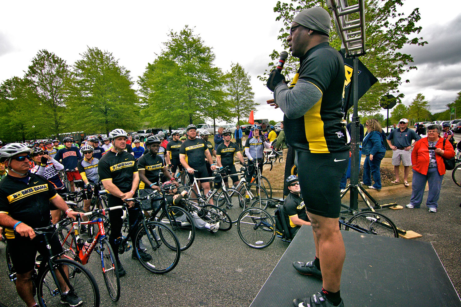 Bo Jackson and dozens of other riders embarked on the annual Bo Bikes Bama charity bike ride in Auburn, Alabama on A-Day, Saturday, April 19th. Participants chose whether to ride a 62-mile or 22-mile route. Both routes took riders through the campus of Auburn University, while the 62-mile route carried riders through Tuskegee and the neighboring Macon County.