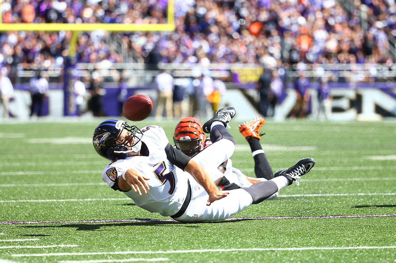 With eight seconds left in the first half against Cincinnati, Joe Flacco and the Ravens lined up at the 15-yard line for a shot at the end zone. But Flacco instead ran toward the sideline, failed to get out of bounds, and tripped as he attempted this pass. The clock expired.