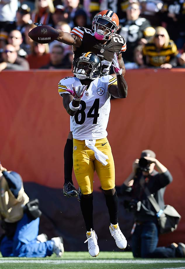 Joe Haden of the Cleveland Browns breaks up a pass intended for Antonio Brown of the Pittsburgh Steelers.