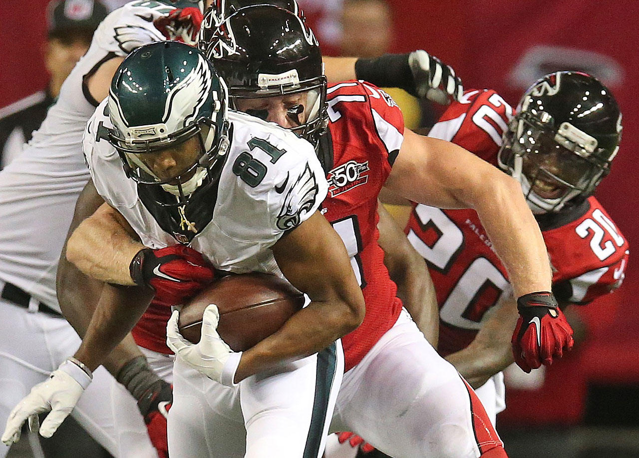 Philadelphia Eagles wide receiver Jordan Matthews (81) runs against Atlanta Falcons outside linebacker Kroy Biermann (71) during the second half.