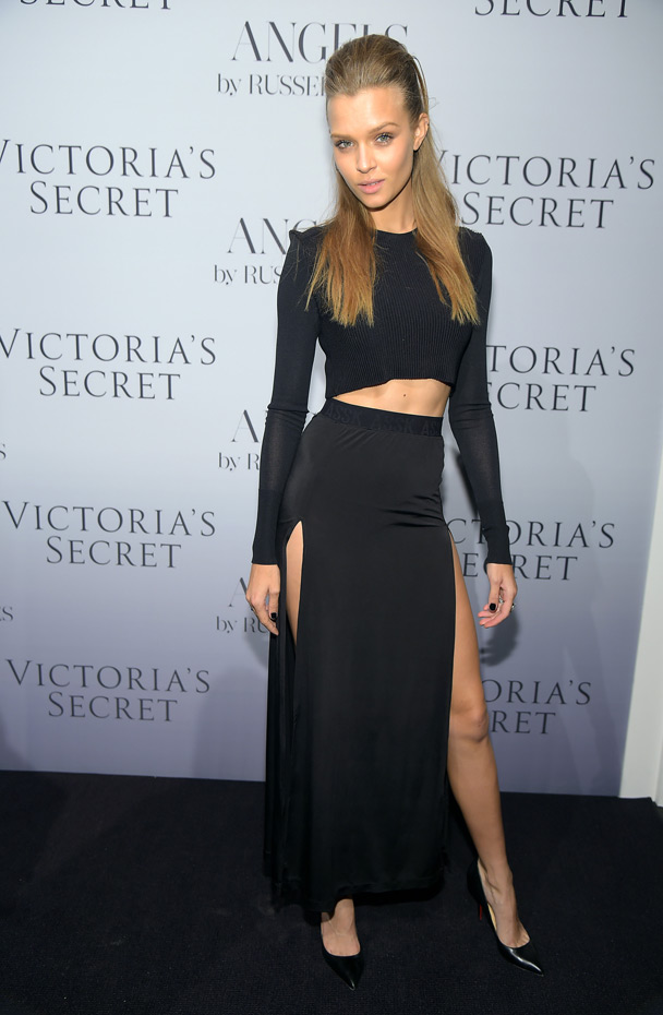 Josephine Skriver :: Getty Images