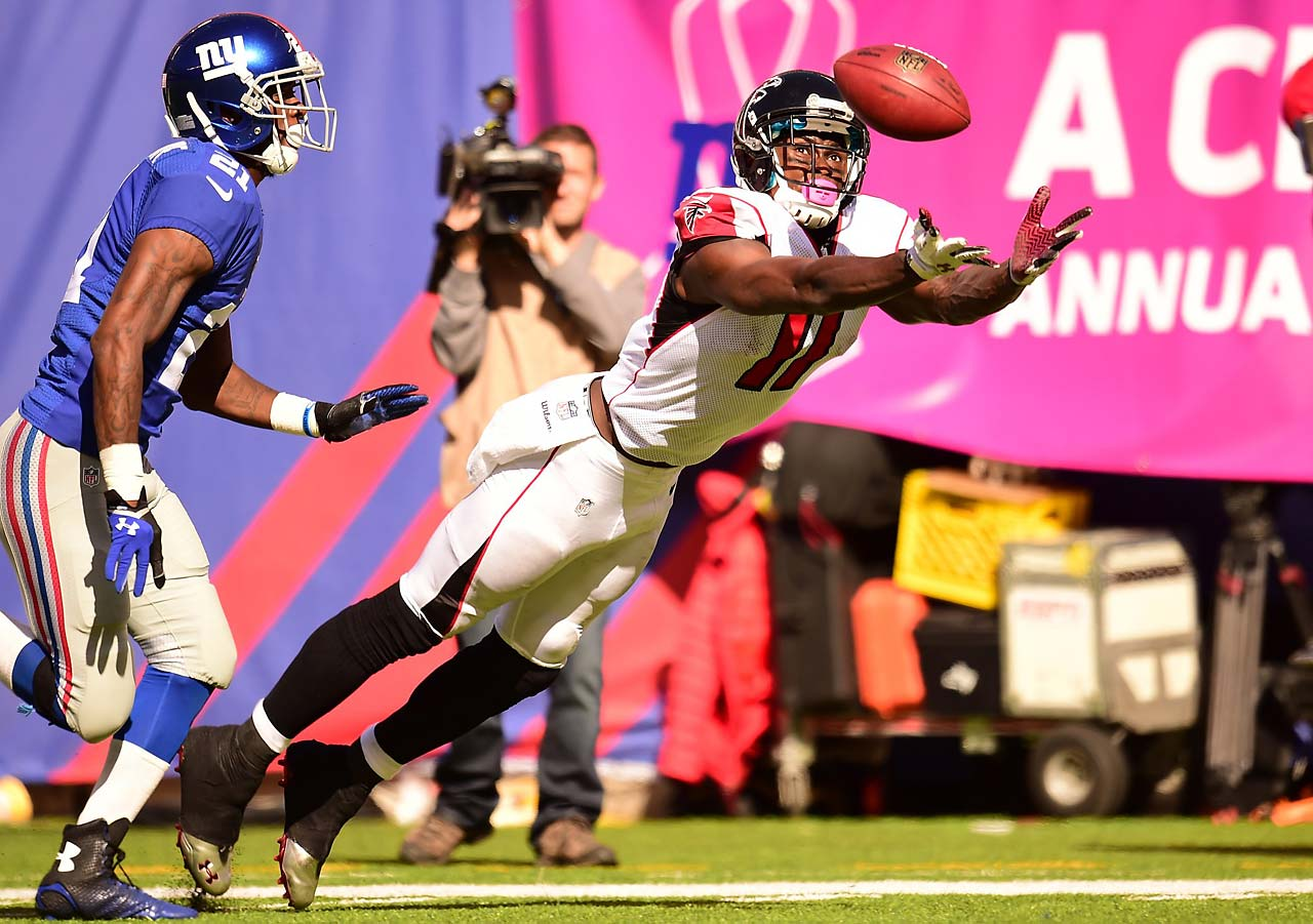 Atlanta's Julio Jones stretches for a pass thrown by Matt Ryan in a loss to the New York Giants.