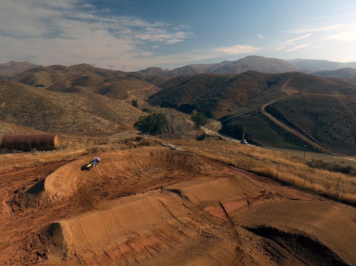 With the beautiful hills of southern California in the background, Ken Roczen gets in some pracitce riding time.