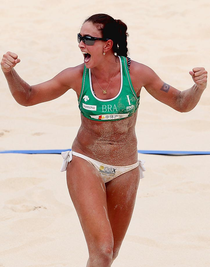 Age: 31 | Height: 5'7"