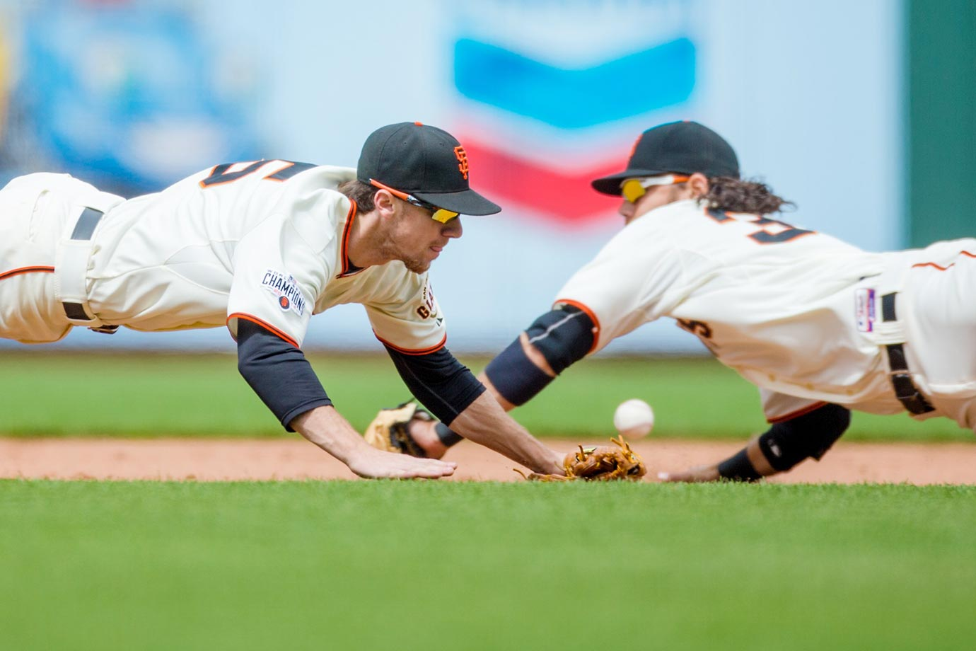 Matt Duffy and Brandon Crawford, June 3, 2015.
