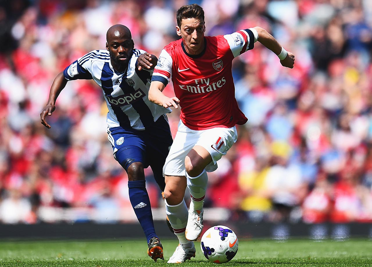 After moving to Arsenal last summer, Özil's playmaking ability shined with his new club. He can both pass the ball and finish with late midfield runs, playing deeper in the central-midfield block for both his club and Germany. It feels like Özil has been around forever, largely due to making his first-team debut with Schalke at age 17, eight years ago.