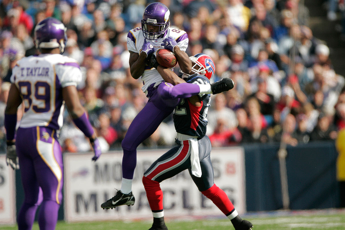 "The Vikings had a need for speed in their receiver corps after trading Randy Moss to the Raiders in 2005, so they took former South Carolina star Troy Williamson with the No. 7 pick. At 6'1"" and 203 pounds, and running a 4.28 40-yard dash at the scouting combine, Williamson seemed to have all the base attributes for NFL success. Except for one thing: he couldn't catch the ball. He dropped 11 passes in his rookie season to the 24 he actually caught, and his career catch rate with the Vikings was an absurdly low 47.3%. Williamson famously blamed this on depth perception issues, and then even more famously challenged then-Vikings head coach Brad Childress to a fight after he was traded to Jacksonville. Williamson left the game with 87 catches for 1,131 yards and four touchdowns in his NFL career."