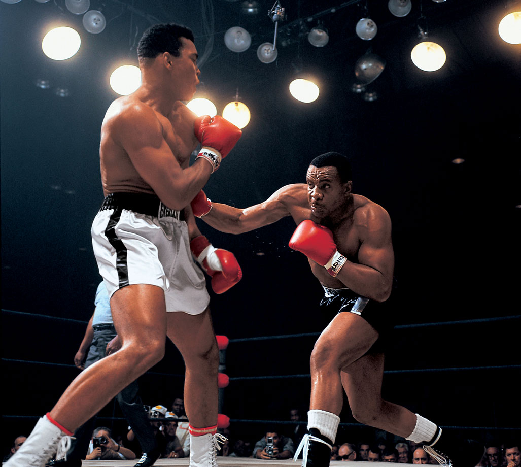 Ali managed to dodge most of Liston's punches.