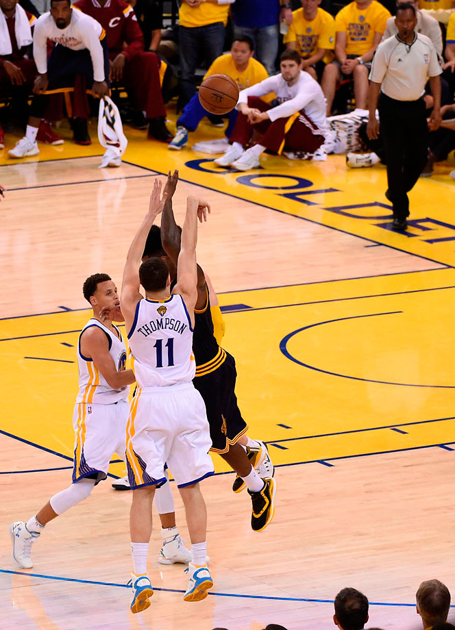 The Warriors got three-pointers out of five players, including this one from Klay Thompson, who scored 12 points.